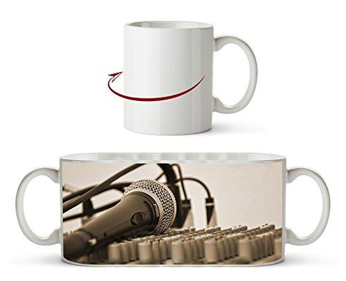 Mesa de mezclas y efecto de micrófono: Sepia como taza de 300 ml, de cerámica blanca, maravillosa como idea de regalo o su nueva taza favorita.