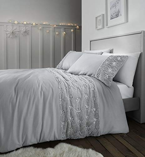 Catherine Lansfield Cosy Snowflake Double Duvet Set Silver