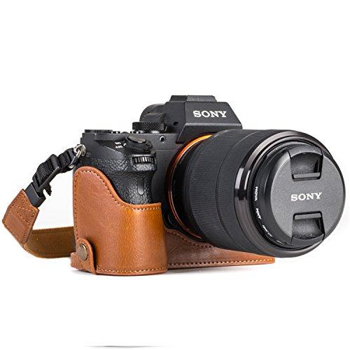 MegaGear MG1125 para Sony Alpha A7S II, A7R II, A7 II Estuche Ever Ready, Media Funda, Estuche de Base, Funda de Cuero, de Pronto Uso, con Correa, Marrón Claro
