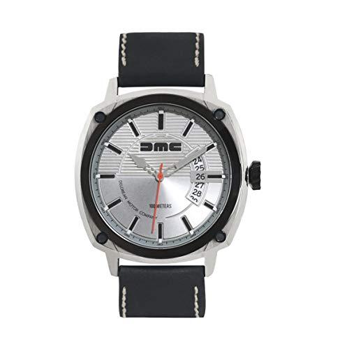 DMC DeLorean - Alpha Armbanduhr für Herren | DeLorean Motor Company | 44mm Edelstahlgehäuse mit schwarzer IP-Blende & Krone | 100m wasser- und kratzfest | Silbernes Zifferblatt | Echtes Lederarmband