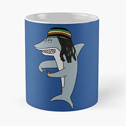 Reggae Shark - Taza de café de cerámica de mármol blanco de 11oz