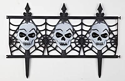 Decorative Halloween Skull Garden Fence - Set of 8 by Jumbl