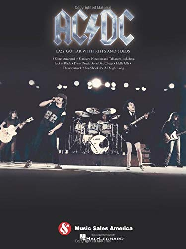 AC/DC: Easy Guitar With Riffs And Solos: Lehrmaterial, Songbook für Gitarre