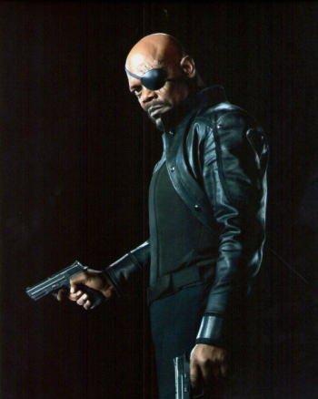ブロマイド写真★サミュエル・L・ジャクソン/『アベンジャーズ』/二丁拳銃のニック・フューリー