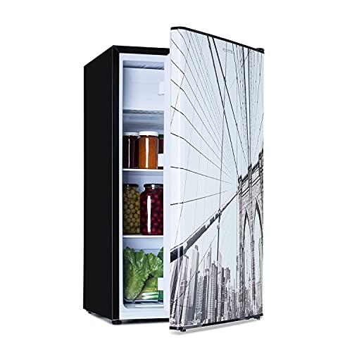 Klarstein CoolArt Kühl-Gefrier-Kombination - Kühlschrank mit 2 Kühl-Ebenen, Design-Front, Thermostat mit 5 Stufen, 0 bis 10 °C, Fassungsvermögen: 79 Liter, Motiv: Großstadt