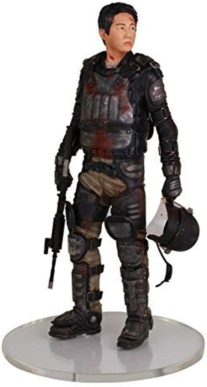 The Walking Dead Glenn In Riot Gear 1 4 Scale Statue by Walking Dead