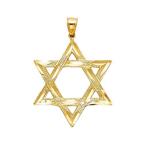 Colgante de estrella de David en oro amarillo de 14 quilates.