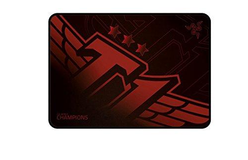 Razer RZ02-01072300-R3M1 Goliathus SKT T1 Edition - Tapete de mouse para videojuegos, tamaño mediano, velocidad