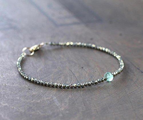 Pulsera de pirita fina con cuentas con esmeralda colombiana, delicada pulsera de cristal esmeralda, piedra preciosa verde, joyería de esmeralda natural de 2,25 mm