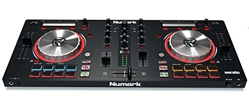 Numark Mixtrack Pro 3 - Controlador DJ de 2 Decks para Serato DJ, Interfaz de Audio Integrada, Jog Wheels de 5 Pulgadas de Alta Resolución y Serato DJ Lite y Prime Loops Remix Tool Kit incluidos