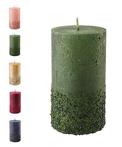 Wunderschöne & Moderne Adventskerzen – 2 Stück - Rustikale Oberfläche - Kerzen/Stumpenkerzen - Weihnachten/Weihnachtskranz/Adventskranz (Jägergrün, Höhe: 8cm)