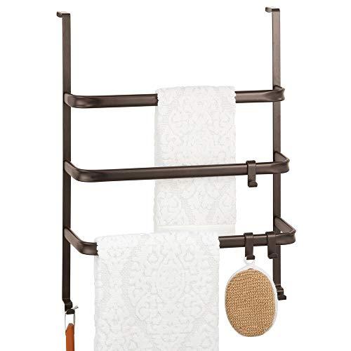 mDesign Handtuchhalter ohne Bohren – Türgarderobe aus Metall zum Einhängen an die Duschkabine oder Badtür – praktisches Hängeregal mit 3 Stangen und mehreren Haken – bronzefarben