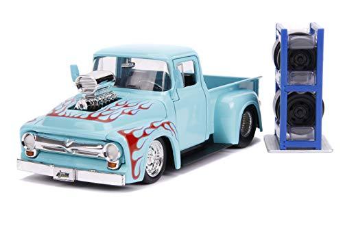 Jada compatible con Ford F-100 Custom Pick Up 1956 azul claro con llamas y llantas adicionales, modelo 1:24 Toys