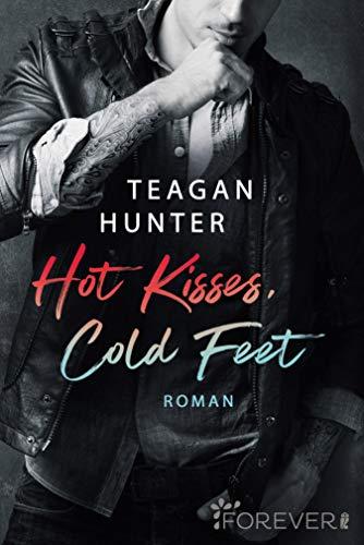Hot Kisses, Cold Feet: Roman (College Love 3)