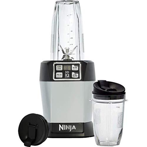 Ninja BL480EU Standmixer Smoothie Maker (1.000Watt, mit Auto-iQ und Pro Extractor Klingen, Nutrition Mixer mit 2 to go Mixbechern und auslaufsicheren Deckeln, Küchenmixer Zerkleinerer) silber/schwarz