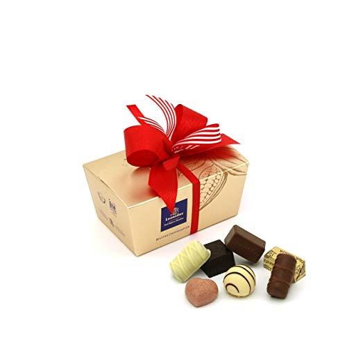 Leonidas Pralinen | 240g handverlesene belgische Pralinen Mischung mit individuell handgefertigter Schleife in goldenem Pralinen Ballotin, ideal als Geschenk oder zum Selbernaschen (Rot)