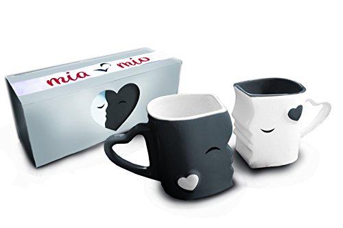 Mia Mio - Kaffeetassen/Küssende Tassen Set Geschenke zur Hochzeit für Frauen/Männer/Freund/Freundin aus Keramik (Grau)