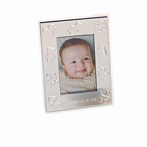 Portafoto metal con simbolos de bebe. Grabado con nombre y fecha. Pack de 15 unidades