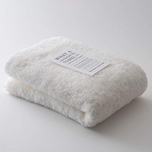 「理想のタオルの姿は、女性と男性で大きく異なる」ということに着目し作られたユニークなタオル「THE TOWEL for LADIES」。こちらはふんわりと肌に優しく、柔らかく、お肌にあてるだけですっと水を吸ってくれる女性用タオルです。