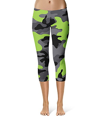Queen of Cases Dark Camouflage Lime Green - M - Sport Capri Leggings