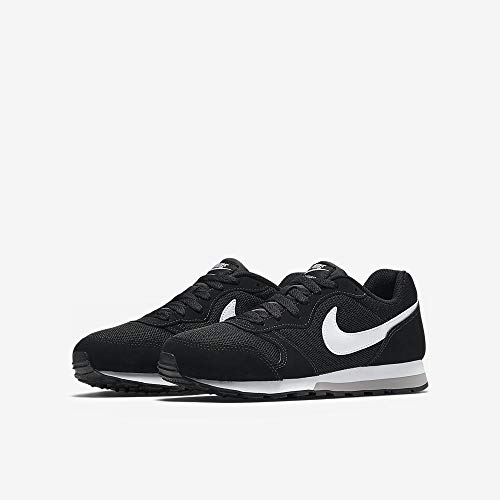 Nike MD Runner 2 (GS), Zapatillas de Running Unisex Adulto, Negro (Black/Wolf Grey/White), 38 EU