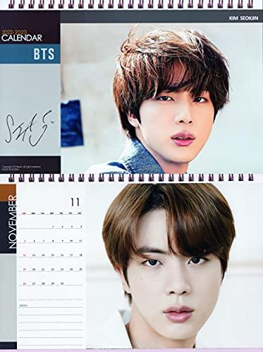 防弾少年団 BTS バンタン JIN ジン グッズ 卓上 カレンダー (写真集 カレンダー) 2022~2023年 (2年分) + ステッカーセット [ピンク 卓上カレンダー]