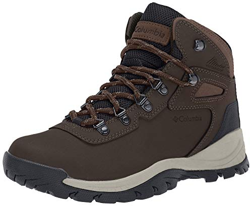Columbia Women's Newton Ridge Plus-Wide Hiking Boot,Cordovan/Crown Jewel,9 W US