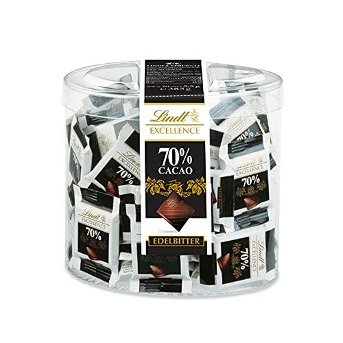 Lindt Excellence 70{dd9dbda1b3cb1fa1f47f14585f35468dad7870ffb2460bffd5967ffc26c2d72c} Kakao Mini-Schokoladentäfelchen | 385g Packung | Einzeln verpackte intensive Edelbitter-Schokolade | Vegane Schokolade | Schokoladen-Großpackung für Adventskalender 2021