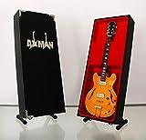 John Lennon The Beatles): 1965 Epiphone E230TD Casino – Réplique de guitare miniature