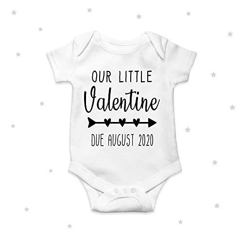 Nuestro Pequeño Valentine Fecha Anuncio Lindo Babygrow Body Baby Girl Boy Mono 12 Meses