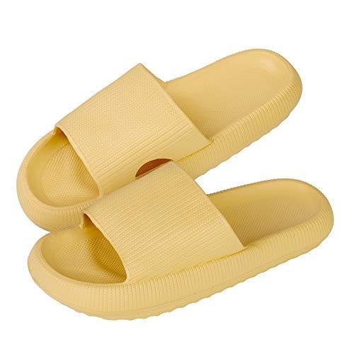Zapatillas planas con punta abierta para mujer Verano Almohada Diapositivas Zapatillas Antideslizantes Masaje Ducha Baño Casa Zapatos Ultraligeros Sandalias suaves para interiores(amarillo,44-45 EU)