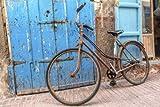 Antiguo para bicicleta en un callejón en Marruecos (61165538), lona, 140 x 90 cm