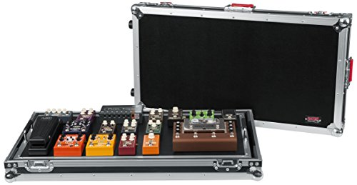 """Gator Cases G-TOUR Series Guitar Pedal board with ATA Road Case, Wheels and Pull Handle; Extra Large: 32"""" x 17"""" (G-TOUR PEDALBOARD-XLGW)"""
