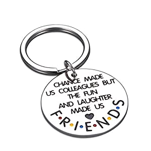 【Friends TV Series Keychain】Incorporated the elements of the TV show Friends, this keyring means that you and your colleagues may meet each other by chance like the protagonists in the play, but you have a deep friendship. 【Meaningful Memento Gifts I...