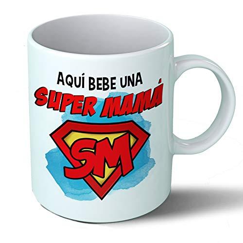 Planetacase Taza Mama - Aquí Bebe Una Super Mama - Regalo Original Madre Supermama Familia Taza Desayuno Café Ceramica 330 mL