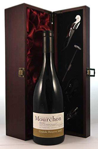 Seguret Grande Reserve 2007 Domaine de Mourchon en una caja de regalo forrada de seda con cuatro accesorios de vino, 1 x 750ml