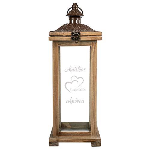 Holz Laterne Landhaus zum Hochzeitstag mit Gravur: Hochzeitslaterne mit Namen und Datum personalisiert - gravierte Geschenkidee zur Hochzeit, Jahrestag