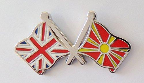 1000 drapeaux Macédoine et drapeau du Royaume-Uni