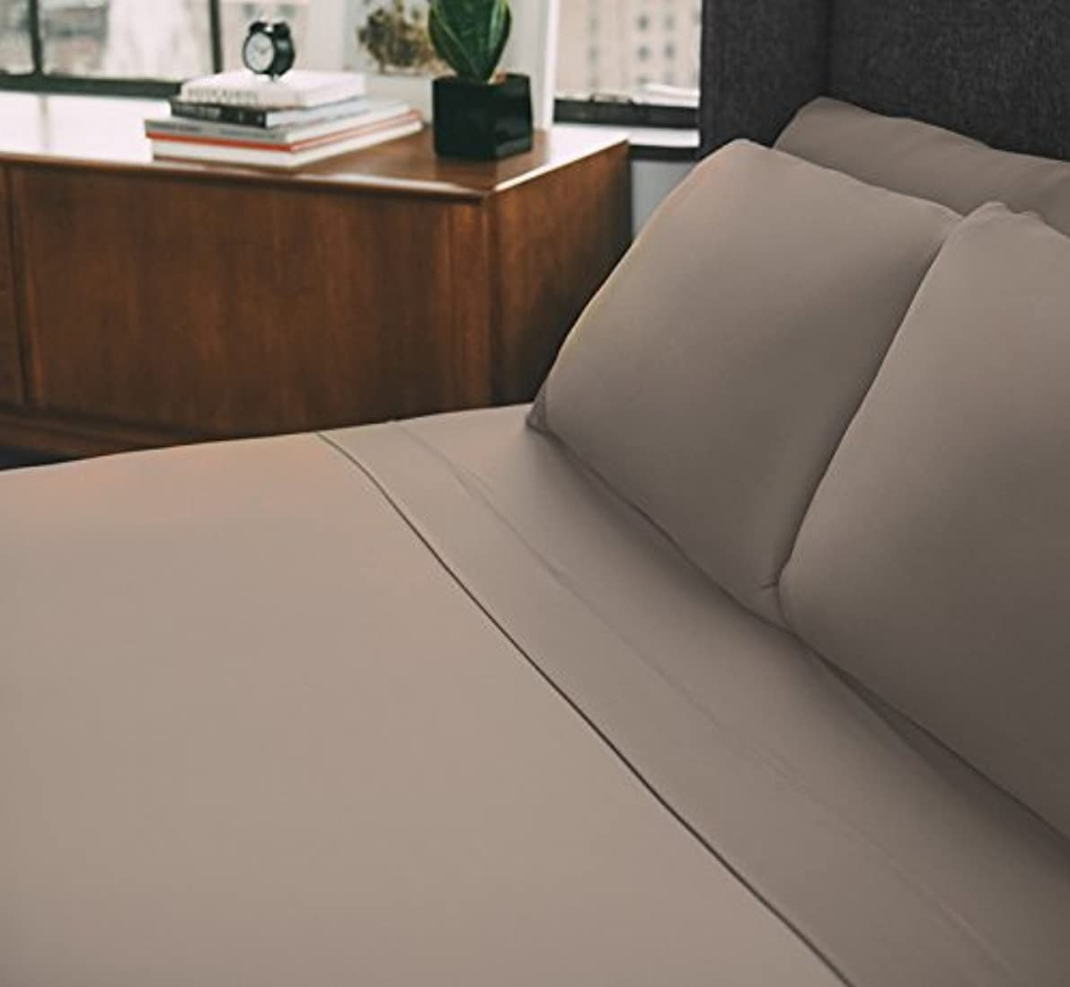 SHEEX - ONE Collection Pillowcases, Super-Soft Sheets Work to Help Keep You Cool and Comfortable All Through The Night, Khaki (King)