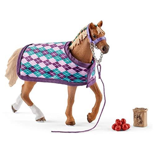 SCHLEICH- Figur Pur-Sang Englisch mit Decke Horse Club, 42360, Mehrfarbig