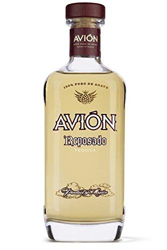 Avión Reposado Tequila / Erstklassige Spirituose aus 100% blauer Agave mit blumigem Geschmack / Feinster Agavenschnaps 6 Monate im Eichenfass gereift / 1 x 0,7 L
