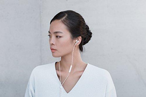 ONKYOカナル型イヤホンセミオープン/ハイレゾ音源対応/コントロールマイク付ホワイトE700MW