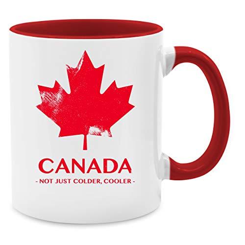Tasse mit Spruch - Canada Vintage Not just colder cooler - Unisize - Rot - tasse kanada - Q9061 - Kaffee-Tasse inkl. Geschenk-Verpackung