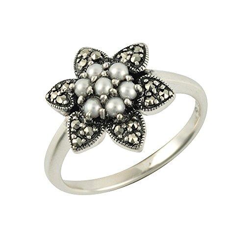 Esse Marcasite Ring Sterling Silber chinesische Süßwasserperle und Markasit Petite Flower–Größe P