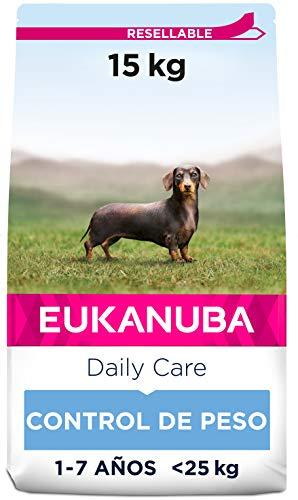 Eukanuba Daily Care Alimento seco para perros adultos de raza pequeña y mediana, receta de control de peso con pollo fresco 15 kg