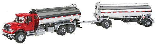 Walthers SceneMaster International, Red 7600 DBL Tanker