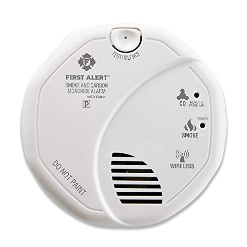First Alert SCO501CN-3ST Wireless Interconnected Combination Smoke and Carbon Monoxide Alarm with Voice Location, Battery Operated