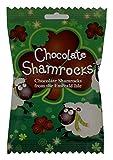 Handgemachte Irische Kleeblätter aus Vollmilchschokolade