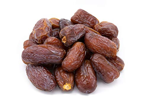 LILA BAZAAR - Medjool Dates 2LB | Nutritious Healthy Snack | Fresh and Naturally Sweet | Packed in Resealable Bag