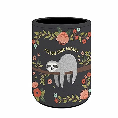chaqlin Divertidos soportes para bolígrafos de perezoso, soporte de metal para escritorio y oficina, organizador de bolígrafos con Follow Your Dream Sloth impreso Pen Pot